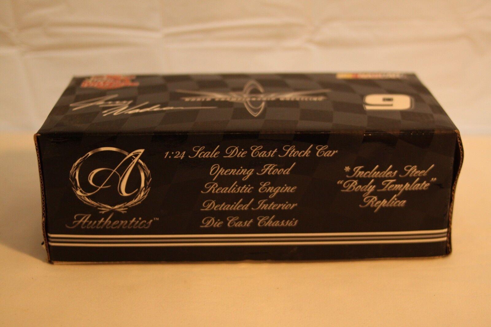 WCW NWO NASCAR Jerry Nadeau Racing Champions Authentics Diecast Car 1 24