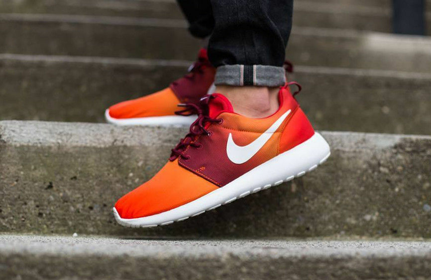 NIKE chaussures ROSHEcourir PRINT fonctionnement Trainers chaussures NIKE Casual - Team Orange - Various Tailles 98afc7