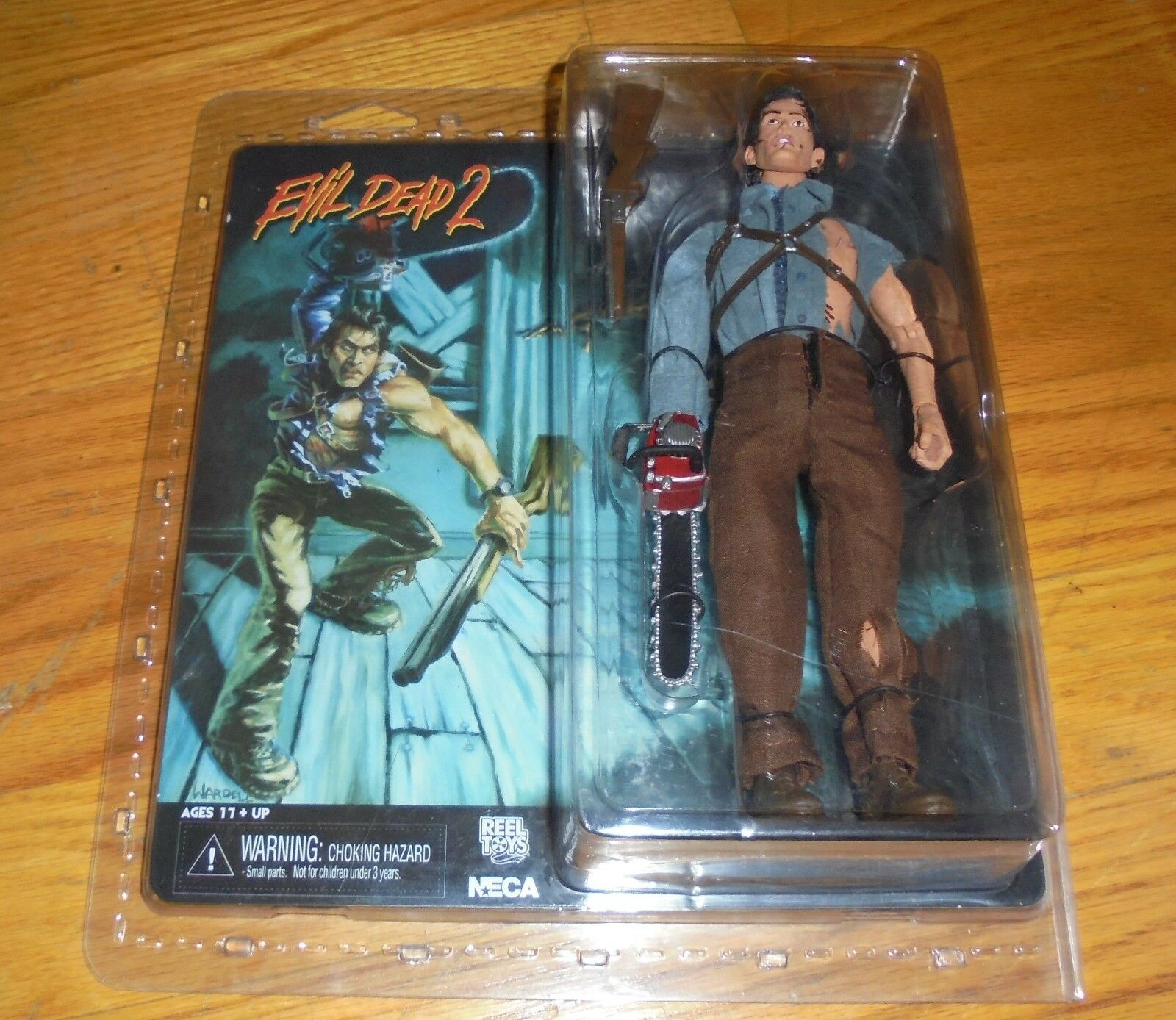 Evil Dead 2 - Dead by by by Dawn  HERO ASH  action figure NECA  2014 30b876