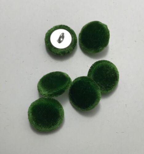 """set of 6-5//8/"""" Kelly Green SILK VELVET Fabric Buttons Hand Made Buttons"""
