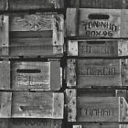 Vlies Tapete P+S TIMES 42108-20 Holz Cargo Kisten Shabby schwarz grau weiß