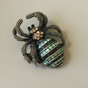 Spider-brooch-in-bronze-Tone-Metal-With-Crystals