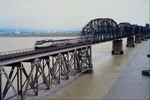 543011-traversee-voyageurs-d-039-AMTRAK-Benecia-Martinez-pont-ca-A4-papier-photo