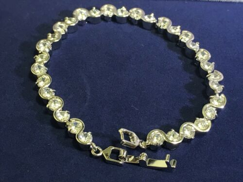 environ 18.41 cm Femmes 14K Or Blanc Finition 4.5 Ct Round Cut Diamond Tennis Bracelet 7.25 in