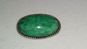 ANTIQUE-JADE-AND-STERLING-BROOCH-ESTATE-PIECE