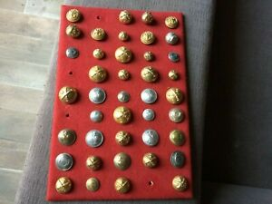 Set-Of-41-Buttons-Military-Various