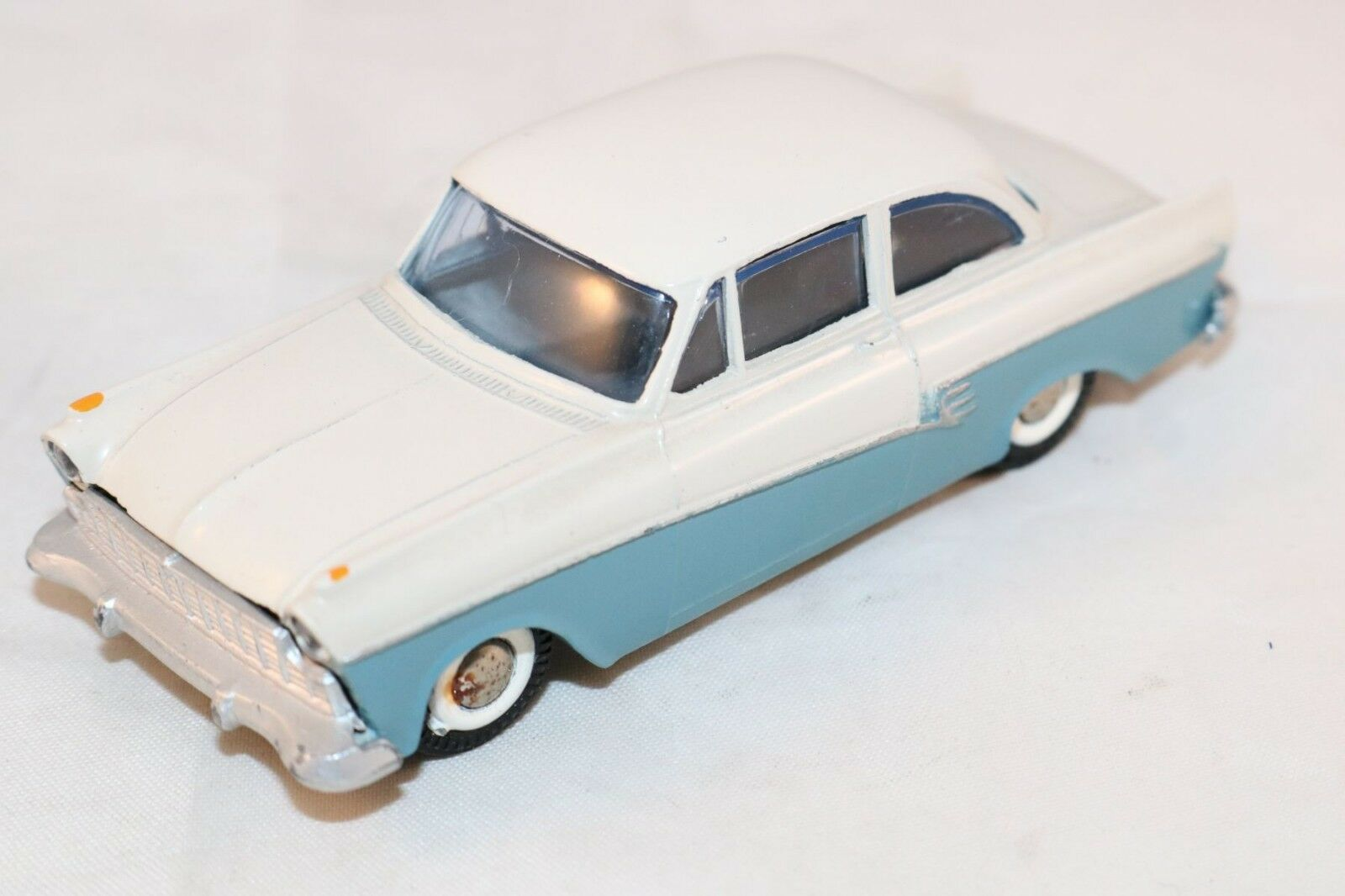Tekno Denmark 823 Ford Taunus 17M 17 M 2 tone perfect mint super model