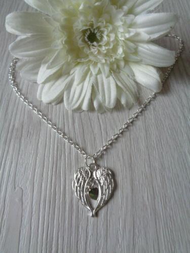"""Halskette /""""Engelsflügel mit Herzchen/"""" silber"""