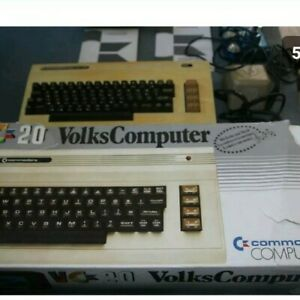 Commodore-VC-20-in-OVP-mit-Zubehoer-Commodore