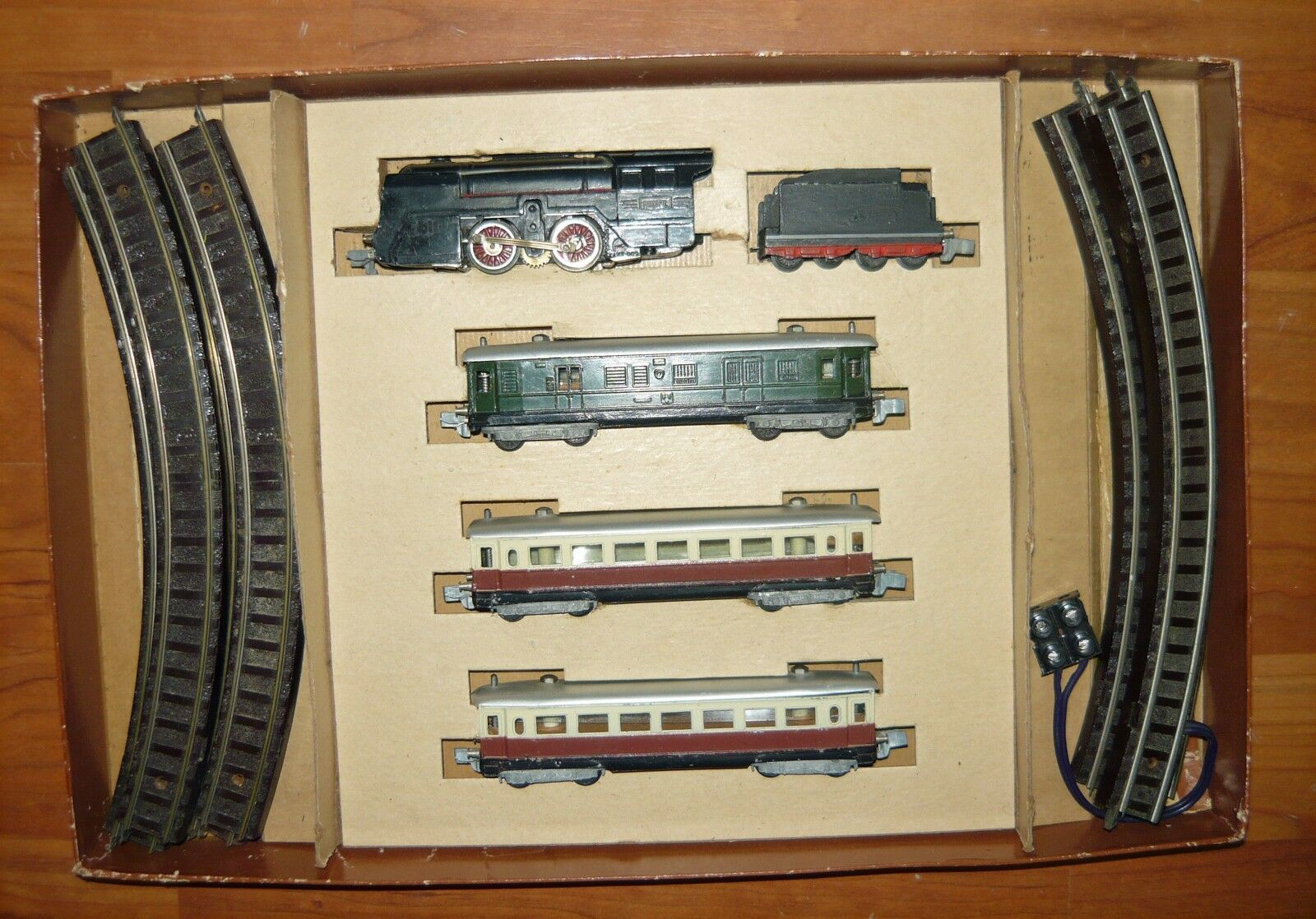 Rokal, startset de 1948, líneas de electricidad +3 máquina de vapor carro, tt, rar, usado & en embalaje original