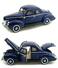 Motor Max 1/18 Scale 1940 Ford Deluxe Blue Diecast Car Model 73108