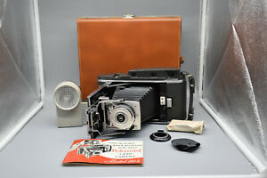 Vintage-Polaroid-Land-Camera-Model-110A-with-Wink-Light-Leather-Case-amp-Manual