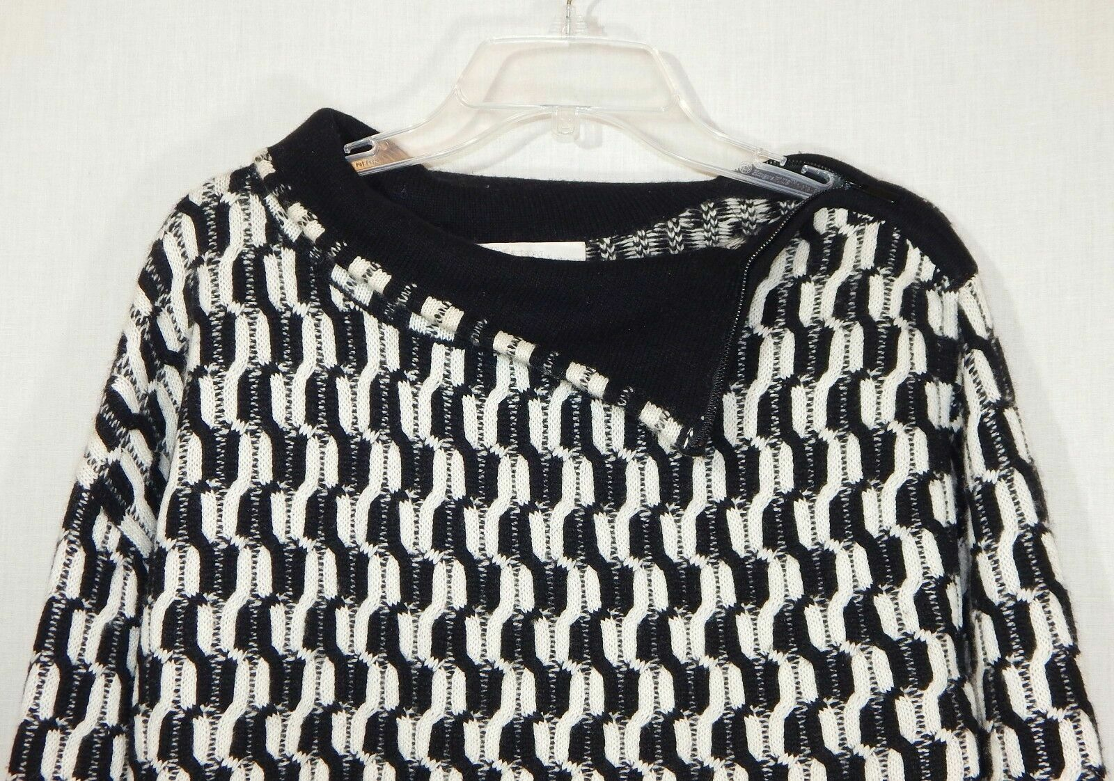 100% Cashmere NORDSTROM COLLECTION Black White Do… - image 10