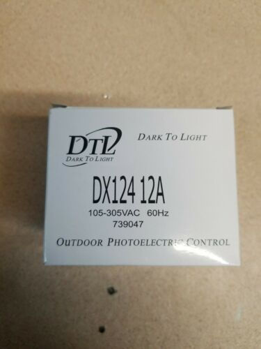 LOT OF 5 DARK-TO-LIGHT Outdoor Photoelectric Control 105-305 VAC DX-124-12A