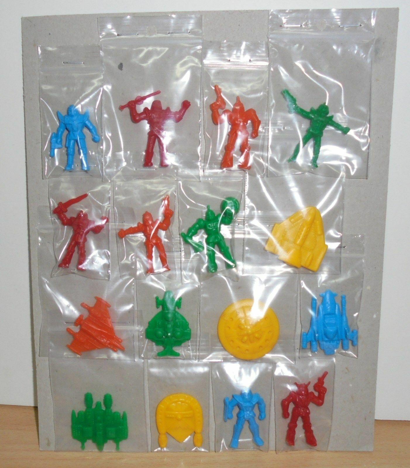Figuras De Plástico Completo Dunkin 16 Premium Estrellaship Troopers robot panrico años 80
