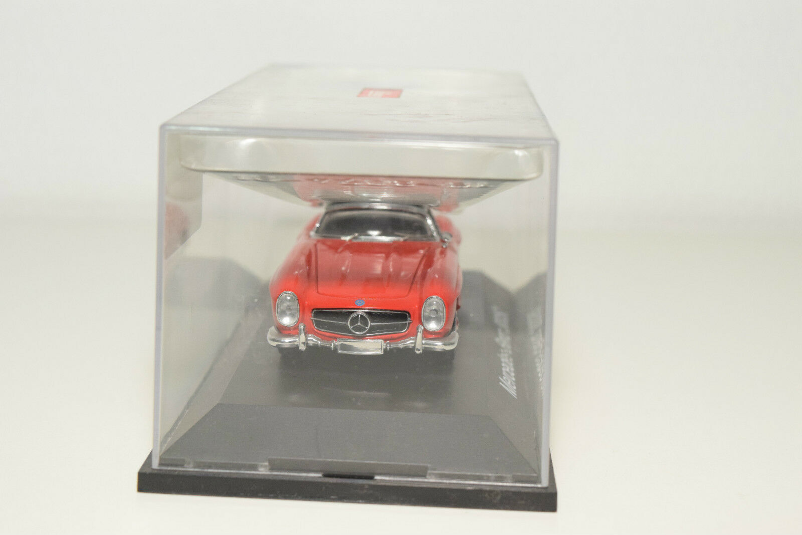 . SCHUCO MERCEDES-BENZ 300SL 300 SL RED RED RED MINT BOXED 2669f0