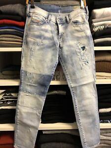 30ca9297f9a734 Das Bild wird geladen Diesel-Jeans-Francy-Relaxed-Skinny-Low-Waist-Gr-