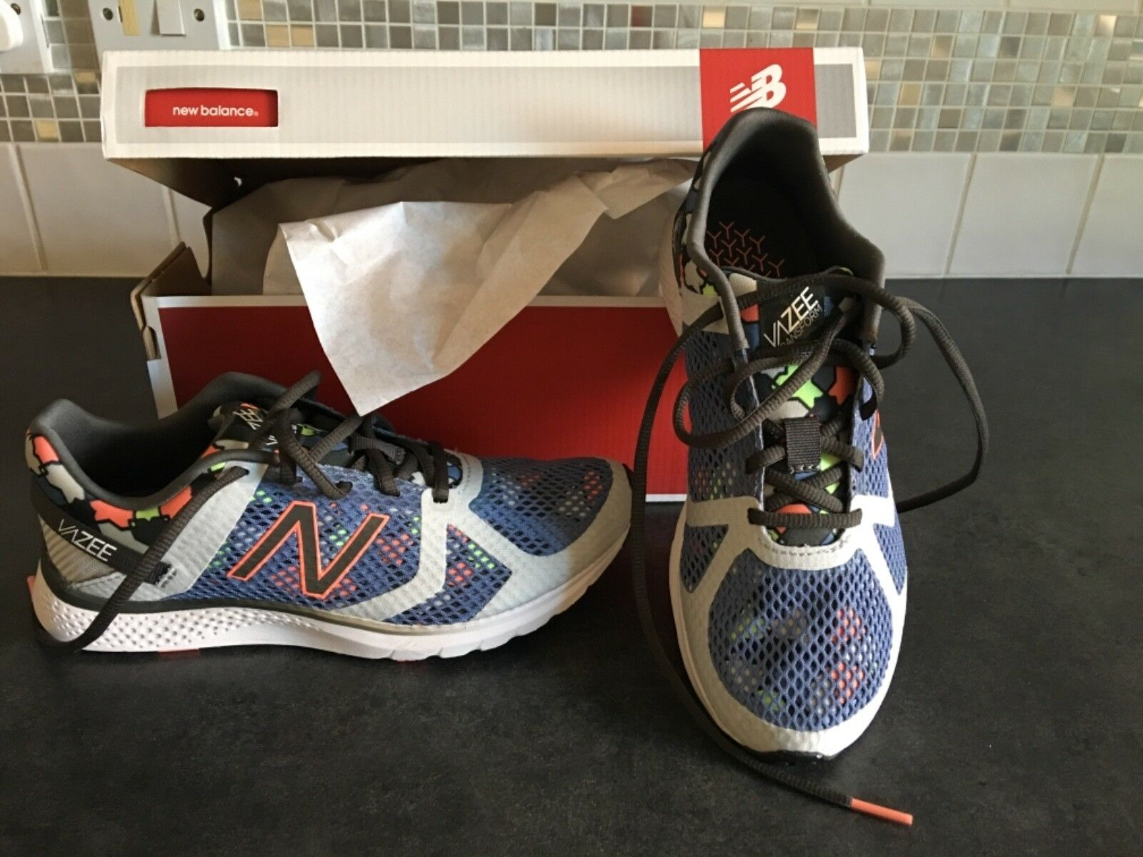 BNWT New Balance Size 5 Women's Running shoes Gym Fitness Trainers