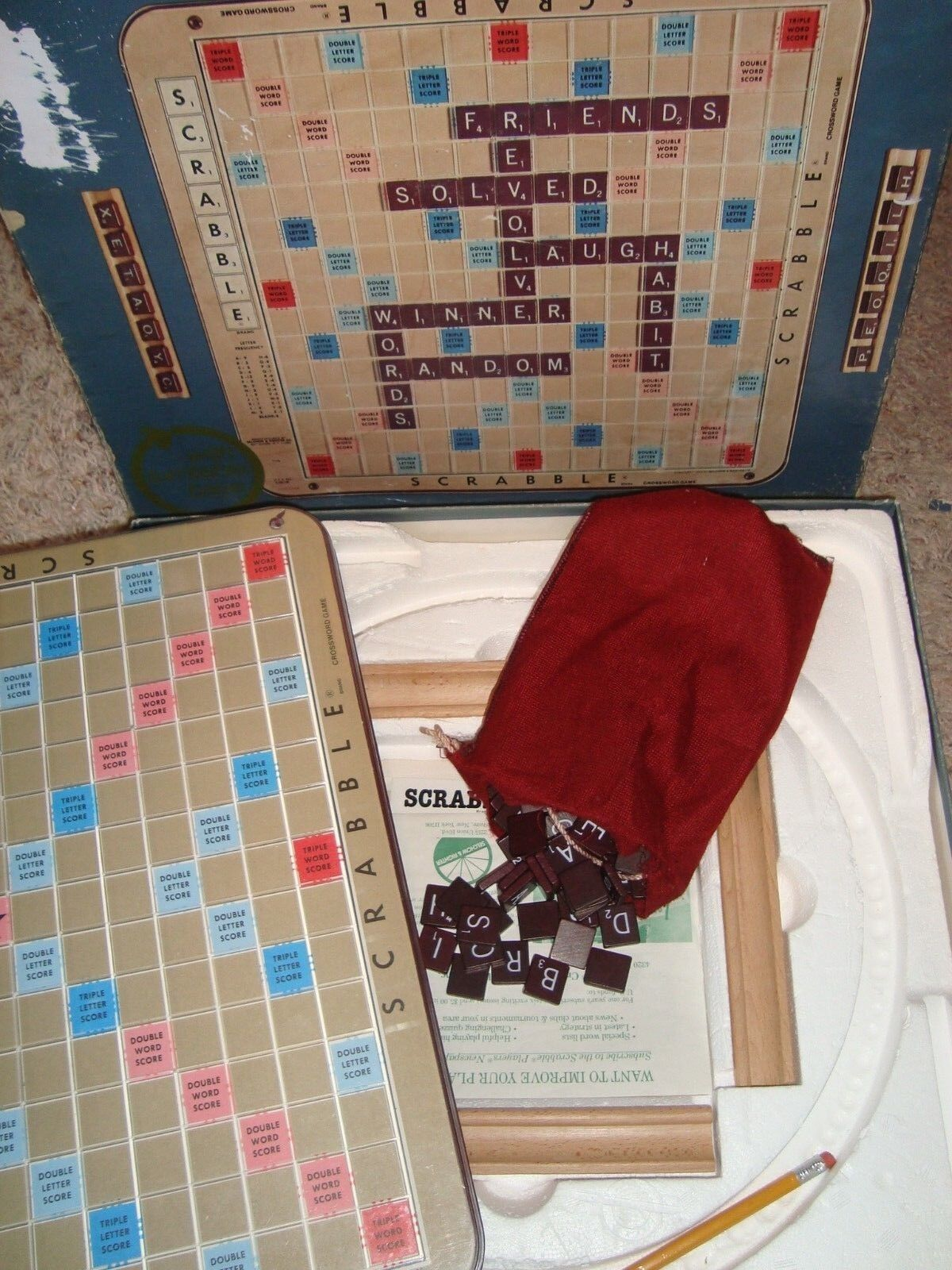 VINTAGE 1977 SCRABBLE DELUXE EDITION CROSSWORD GAME TURNTABLE SELCHOW &RICHTER