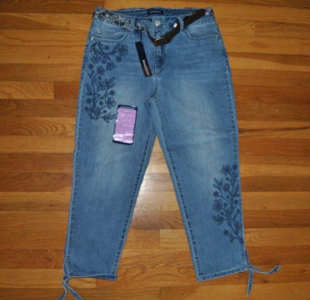 d5cd6de99 NWT Womens BANDOLINO Amy Roxbury Wash Blue Floral Belted Denim Capris Pants  10