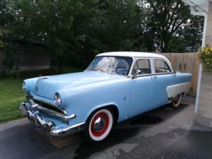 1953 Ford Fairlane