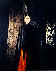 CHRISTOPHER LEE AS DRACULA IN HAMMER HORROR FILM DRACULA A ...
