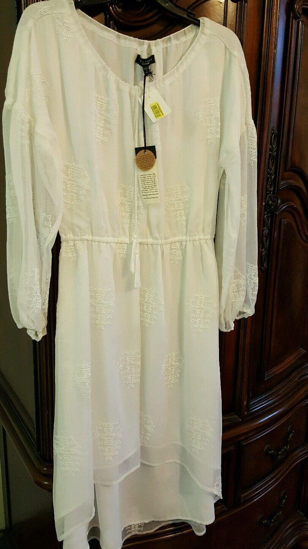 SANCTUARY DRESS SIZE LARGE WHITE NWT DILLARD'S