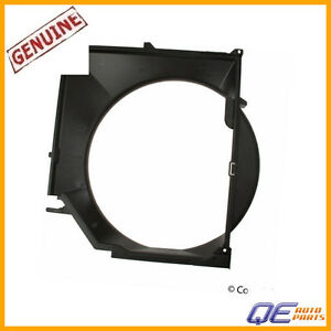 For BMW E46 330CI 325i 325CI 323i 323CI Radiator Cooling Fan Shroud 17111436259