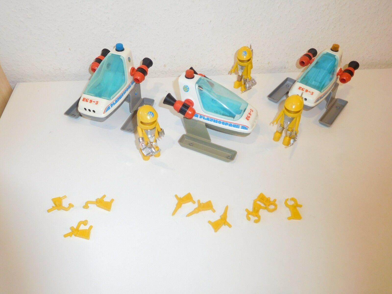 3 X Playmobil 3509 playmospace playmo space