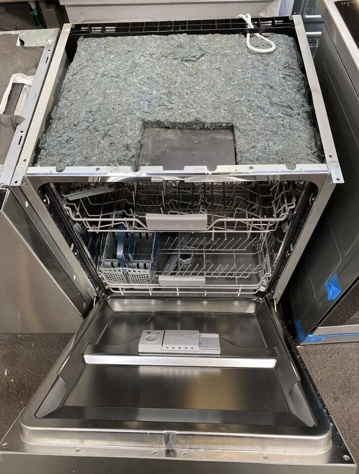 Samsung opvaskemaskine (indbygnings) inklusiv g...