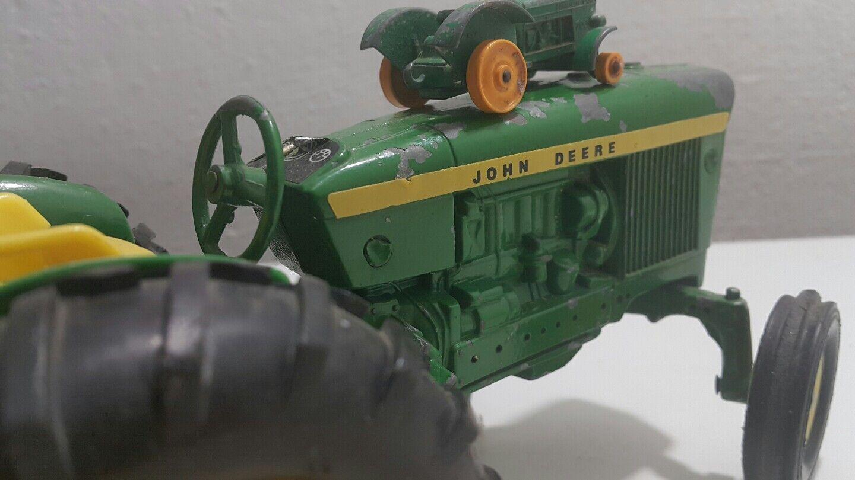 VNTG. VNTG. VNTG. JOHN DEERE THE ERIL CO. USA TRACTOR AND SMALL LESNEY N 50 DIECAST LOT SET e9e453