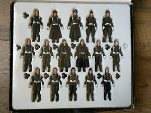 Ultimate-Soldier-SCHUTZSTAFFEL-SS-WWII-German-Soldiers-16-Figures-1-18-Scale