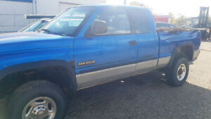 2001 RAM 2500 extended cab