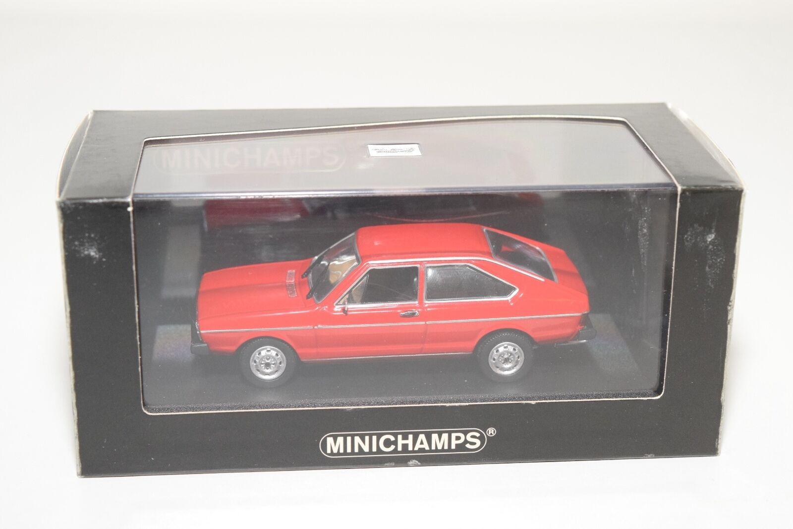. MINICHAMPS VW VOLKSWAGEN PASSAT 1975 rojo MINT BOXED RARE SELTEN RARO
