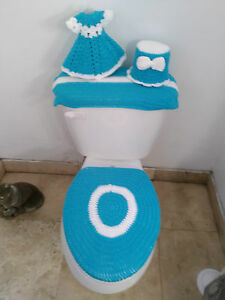 New 4 Pc Hand Made Crochet Bathroom Set Turquoise and White