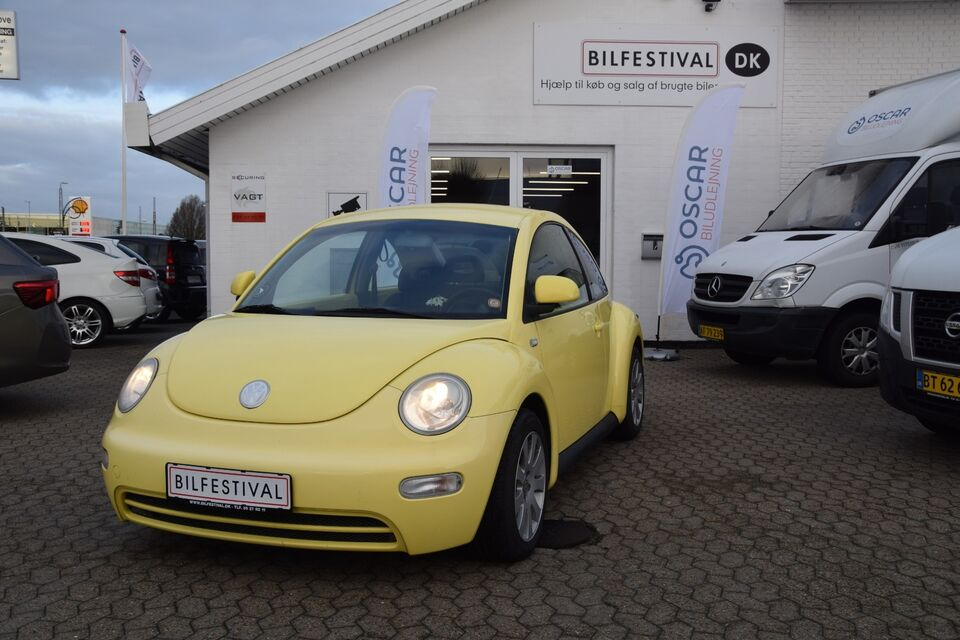 VW New Beetle 2,0 Highline Benzin modelår 2000 km 205000 Gul