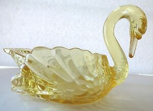 "Cambridge Mandarin Gold Yellow Elegant Glass Swan Bowl Type #3 8-1/2"""