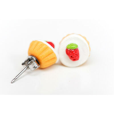 Cupcakes with a strawberry on top stud earrings - kawaii kitsch - Rockabilly