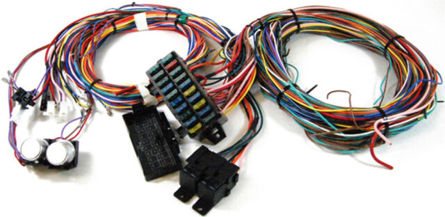 Complete Universal 12v 24 Circuit 20 Fuse Wiring Harness
