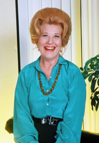 THE-FACTS-OF-LIFE-TV-SHOW-PHOTO-E-19-CHARLOTTE-RAE