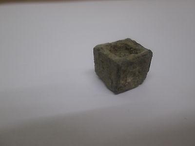 1 Small Vintage DREIDEL . . . Relic Lead Draidel hebrew Jewish old antique