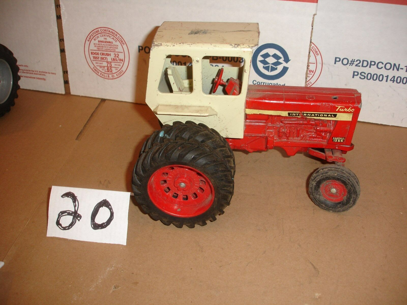 1 16 international 1256 toy tractor