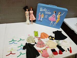 Vintage-Barbie-and-Midge-Doll-Case-Japan1968-1962-W-Cloths-Lot-dd-i30