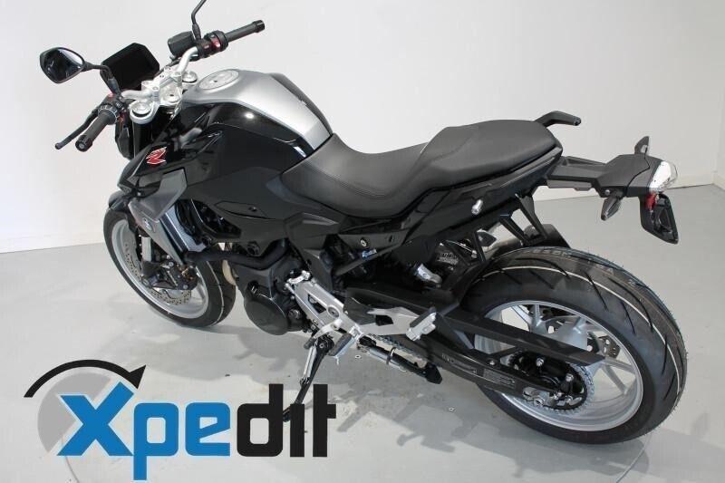 BMW, F 900 R, ccm 895