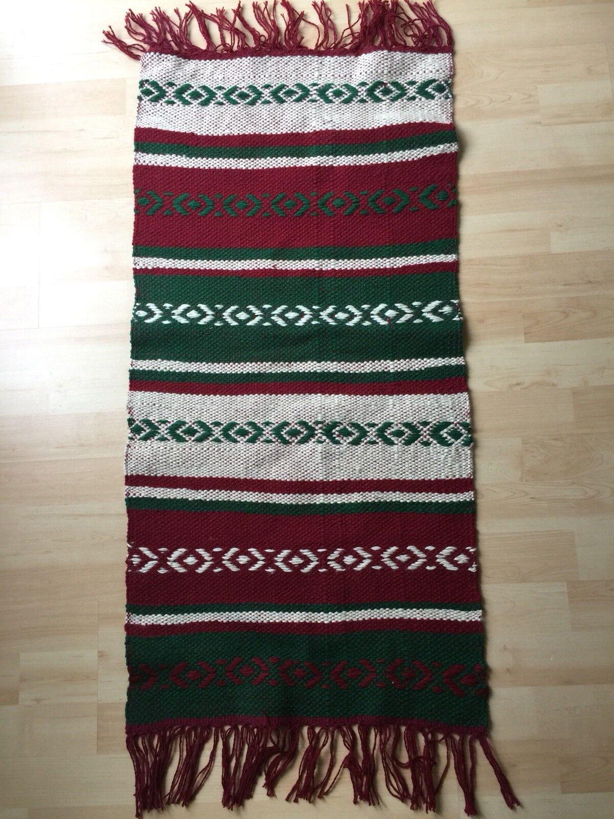 Handgemachter Teppich aus Russland 110 cm x 47 cm