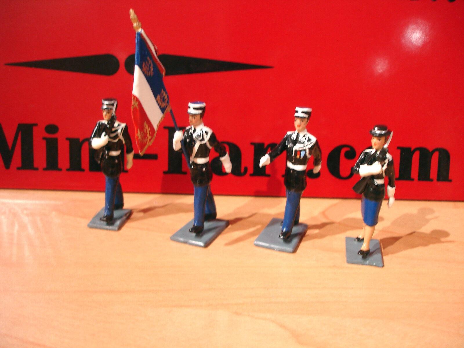 CBG mignot Ecole gendarmerie constable  guard flag lead figure toy soldier  distribution globale