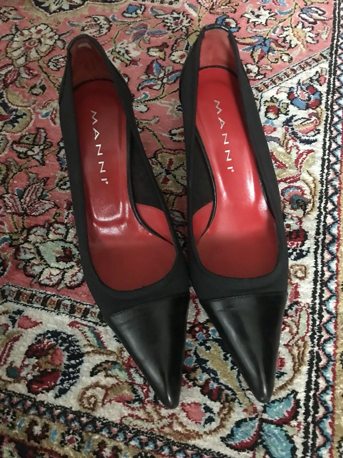 Lara Manni Black shoes Size 35