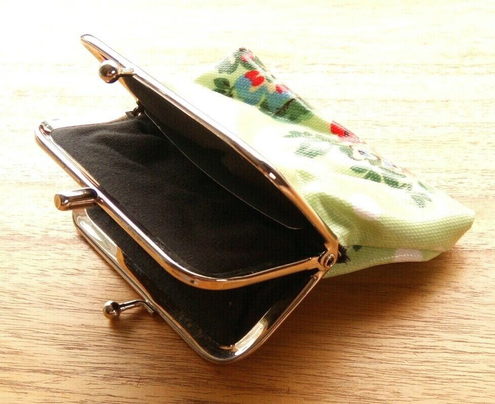 Oil cloth double clasp coin purse flowers spots Miss Lulu card wallet mint green