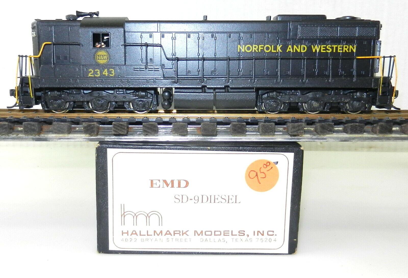 Htuttimark HO N&W Norfolk & WESTERN SD9 OTTONE DIESEL  2343 KMT verniciatura personalizzata T100