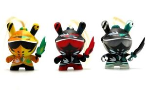 Kidrobot Art Of War Dunny Series 3 Inch Figure Patricio Oliver Black 3//40